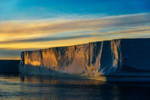 06.08.2019 - Iceberg Tabulaire -Antarctic Sound- Nord est de la